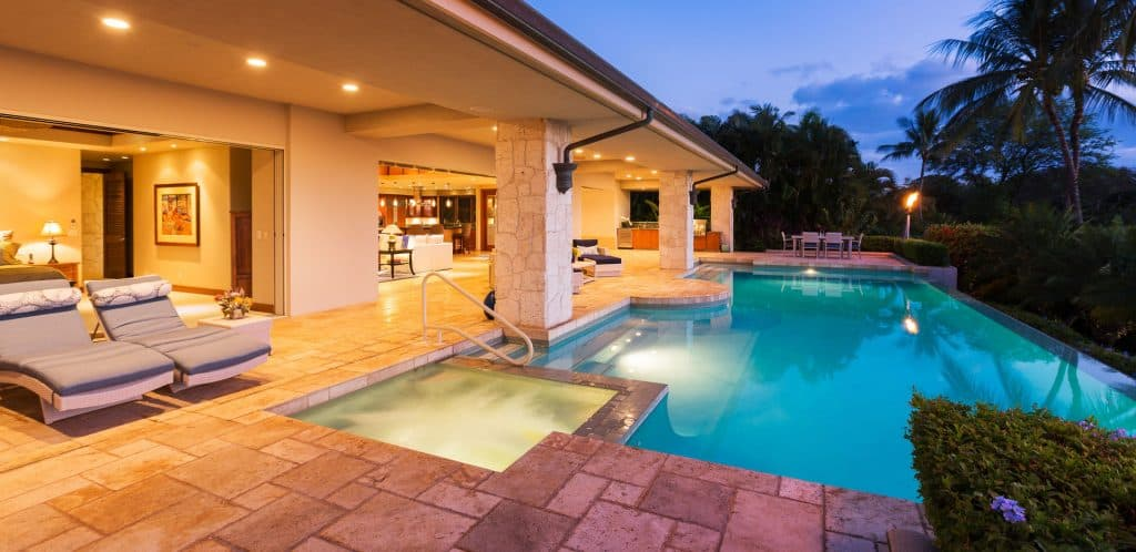 travertine pool deck - Travertine Pavers: A Fancy Look For Your Pool Deck